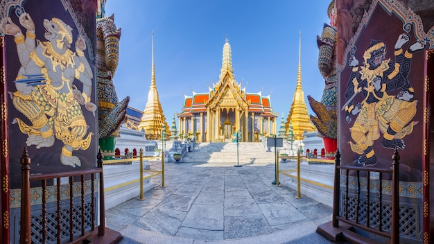 Wat phra kaew ancient temple in bangkok thailand