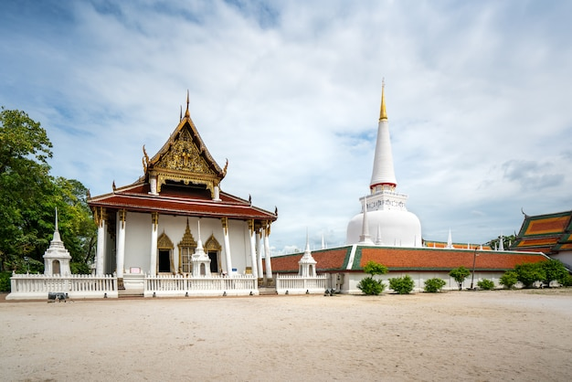 Wat phra mahathat woramahawihan with nice sky at nakhon si thammarat in thailand.