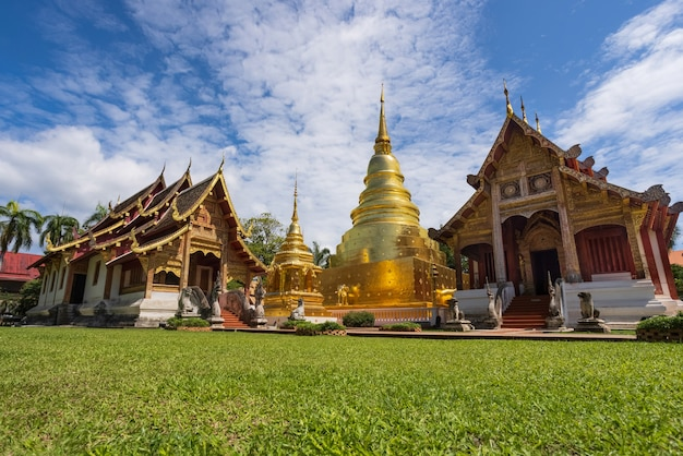 태국 치앙마이에서 가장 아름다운 사원인 왓 프라싱.