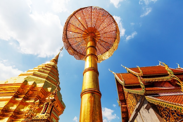 Ват пхра тхат дой сутхеп - самый известный храм в чиангмае, северном таиланде.