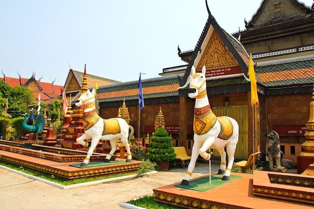 シェムリアップカンボジアのwat preah prom rath