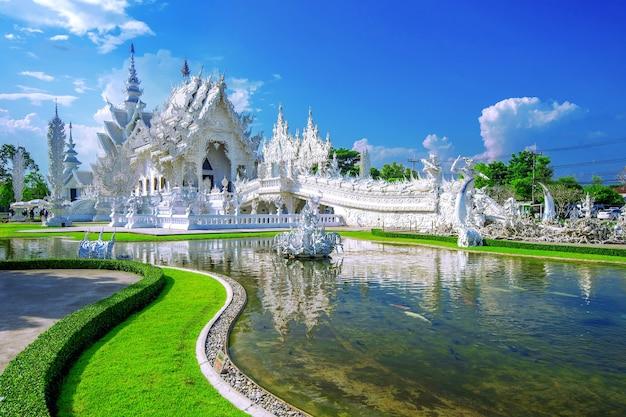 태국 치앙 라이의 왓 롱 쿤 사원 (하얀 사원).