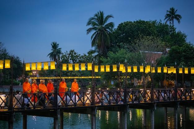 Wat trapang thong в сукотаи
