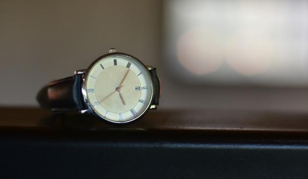 시계 사치