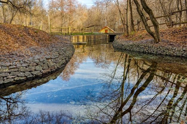 Водоканал с чистой родниковой водой