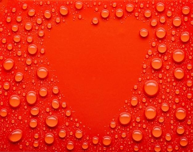 빨간색 배경에 물 방울