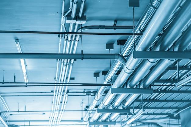 水道管エンジニアリング、建物の青い色調のクリーンライン散水輸送システム