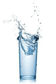 白で隔離のガラスの水のしぶき