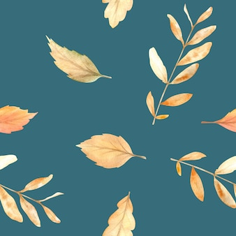 秋の季節の手描きの居心地の良いシンボルと水彩の秋のシームレスパターン