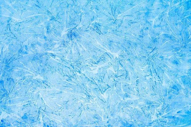 Акварель синий абстрактное искусство ручной работы diy живопись на текстурированном бумажном фоне. акварельный фон. нарисованная морозная ледяная поверхность с ломаными линиями