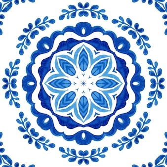 Watercolor blue damask seamless pattern, mandala floral ornament. royal blue abstract filigree background.