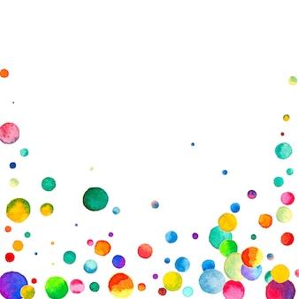 白い背景の上の水彩紙吹雪。実際の虹色のドット。幸せなお祝いの正方形のカラフルな明るいカード。魅惑的な手描きの紙吹雪。