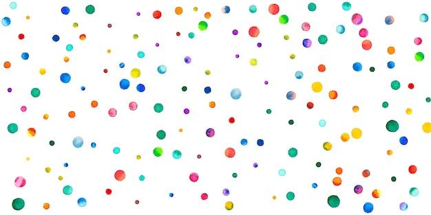 Акварельное конфетти на белом фоне. очаровательные точки цвета радуги. счастливый праздник широкая красочная яркая карта. необычные расписанные вручную конфетти.