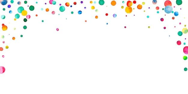 Акварельное конфетти на белом фоне. очаровательные точки цвета радуги. счастливый праздник широкая красочная яркая карта. сногсшибательное конфетти, расписанное вручную.