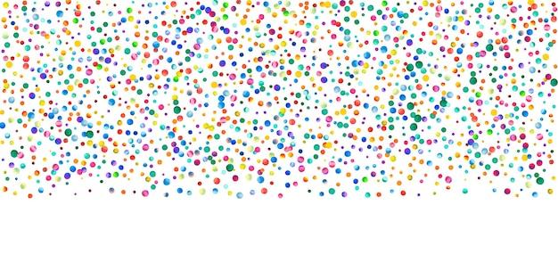 白い背景の上の水彩紙吹雪。生きている虹色のドット。幸せなお祝いワイドカラフルな明るいカード。神の手描きの紙吹雪。