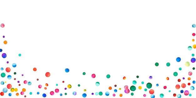白い背景の上の水彩紙吹雪。生きている虹色のドット。幸せなお祝いワイドカラフルな明るいカード。見事な手描きの紙吹雪。