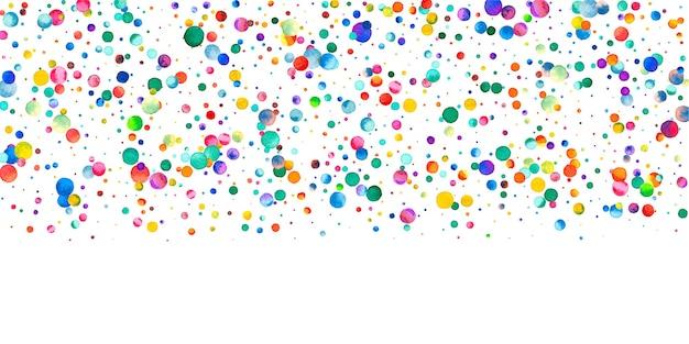 白い背景の上の水彩紙吹雪。魅惑的な虹色のドット。幸せなお祝いワイドカラフルな明るいカード。高級感のある手描きの紙吹雪。