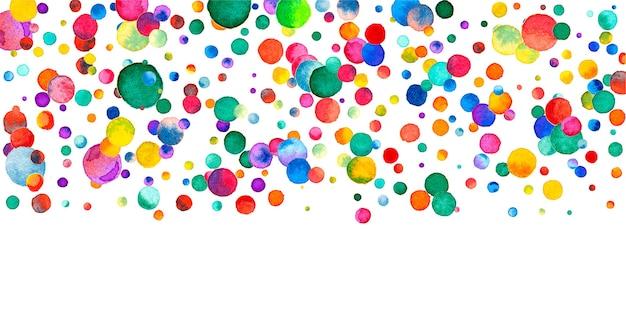 白い背景の上の水彩紙吹雪。魅惑的な虹色のドット。幸せなお祝いワイドカラフルな明るいカード。強力な手描きの紙吹雪。