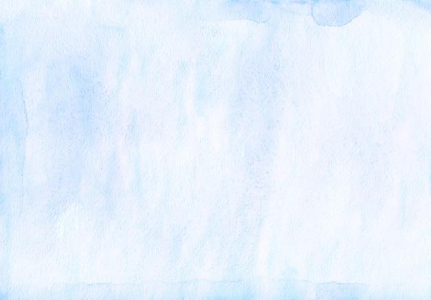수채화 밝은 파란색 배경 텍스처입니다. 종이에 수채화 아이스 블루 얼룩.