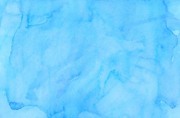 水彩の淡いブルーのラグーン色の背景の絵。水彩の明るいスカイブルーの汚れを紙に。芸術的な背景。