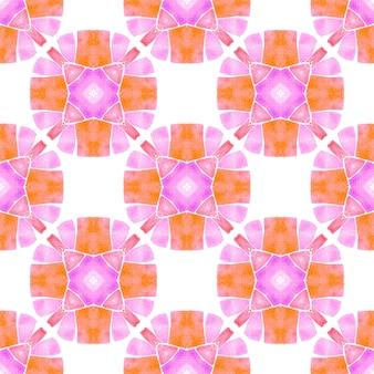 水彩メダリオンシームレスボーダー。オレンジトレンドの自由奔放に生きるシックな夏のデザイン。メダリオンシームレスパターン。テキスタイル対応の見栄えの良いプリント、水着生地、壁紙、ラッピング。
