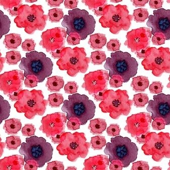 Watercolor seamless pattern with poppy flowers. can be used for wrapping, textile and package design