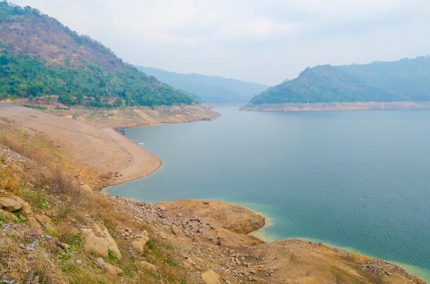 Waterline of the reservoir