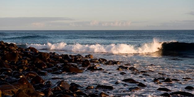 Waves hitting the coast, punta suarez, espanola island, galapagos islands, ecuador