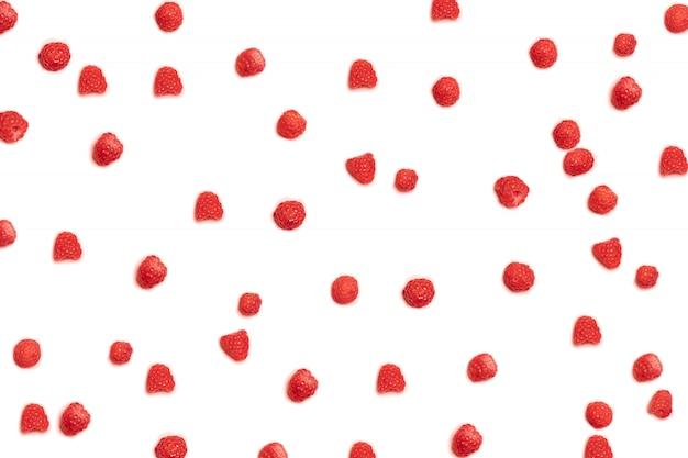 ピンクの背景にラズベリーの果実のパターン。ブログ、ポスター、またはwebバナーに使用できます。