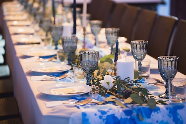 結婚披露宴。テーブルセッティング。