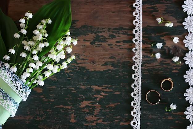 スズランと指輪のウェディングブーケ