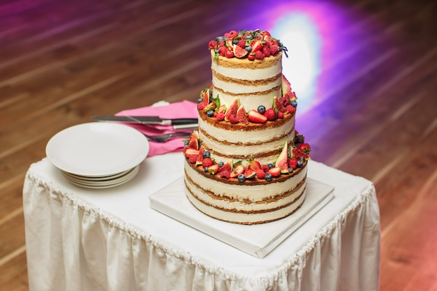 Wedding cake at the banquet