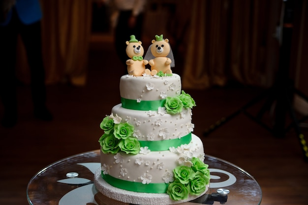 Свадебный торт с мишками