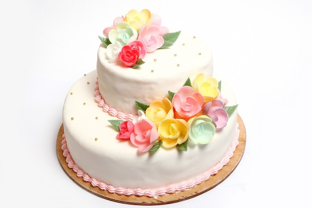 Wedding cake with color flores