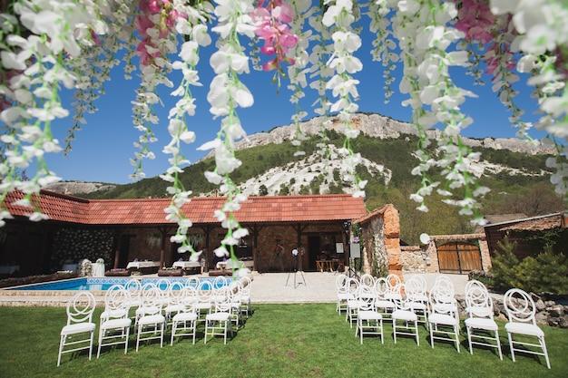 山での結婚式
