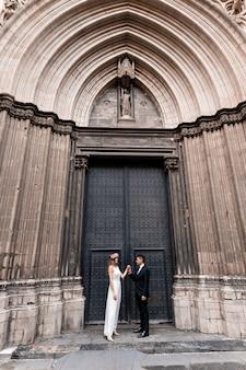 Wedding couple in barcelona