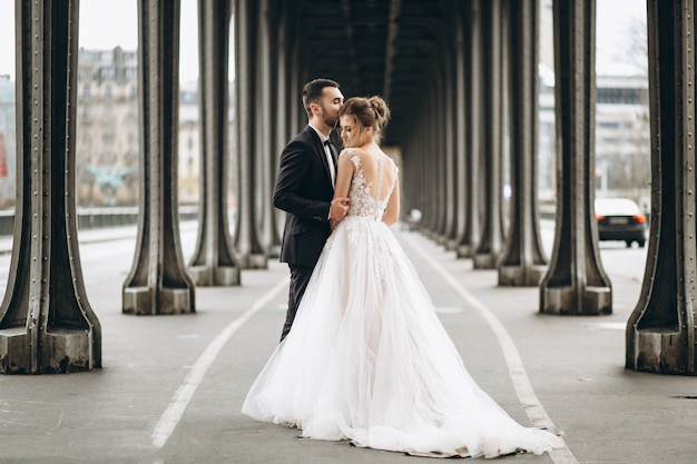 프랑스의 웨딩 커플