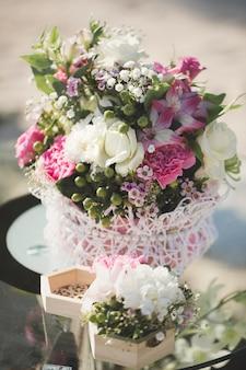 式典での結婚式の花