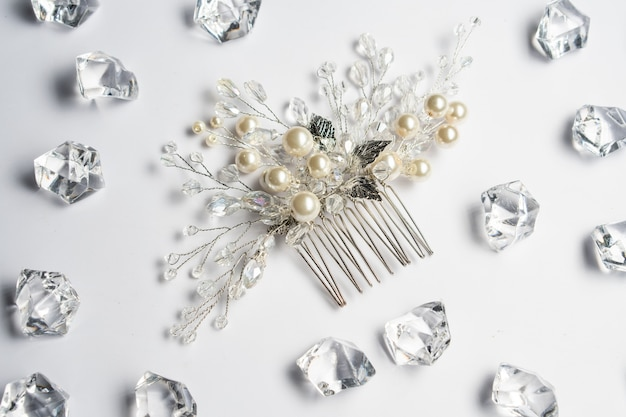 Wedding hair clip, jewelry with pearls and accessories.