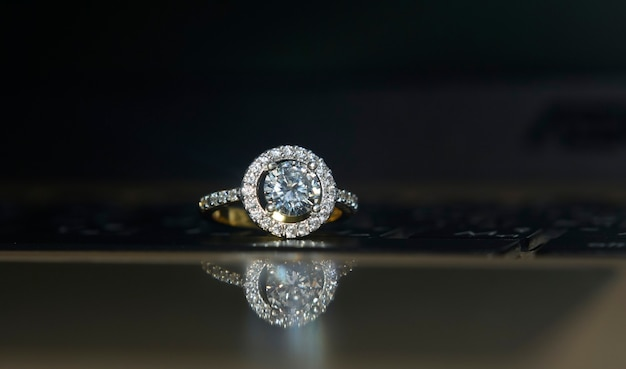 Wedding ring goldring with diamond