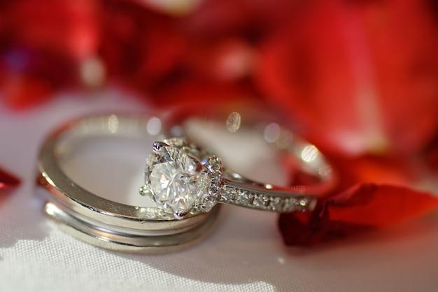 結婚指輪、タイの結婚式、ジュエリー、結婚、婚約