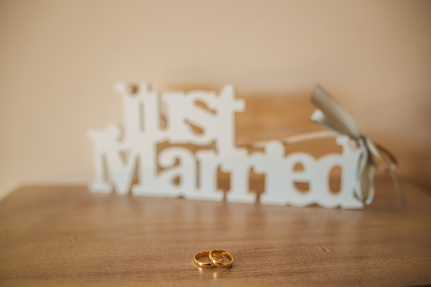 Wedding rings of the newlyweds engagement gold rings