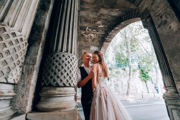 Свадебная пара в стамбуле