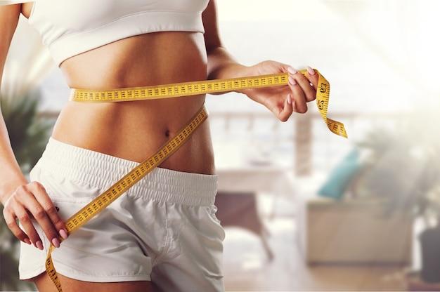 체중 감소, 날씬한 몸, 건강한 생활 방식 개념.