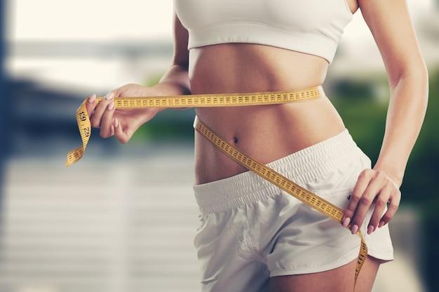 체중 감량, 슬림 바디, 건강한 라이프 스타일 개념