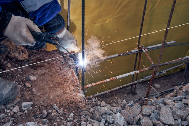 Welding of the frame from the reinforcement for the foundation