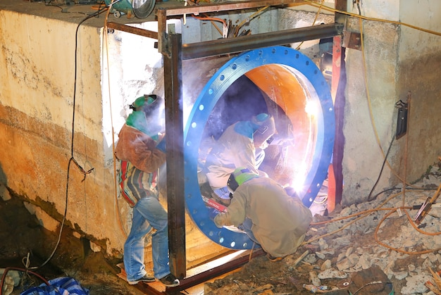 Welding work for large steel pipe