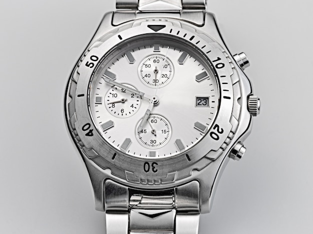 Хорошо используемые автоматические наручные часы