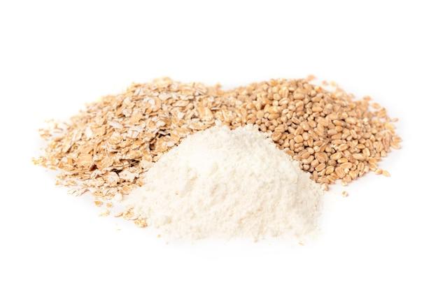 小麦、フレーク、小麦粉が分離されました。