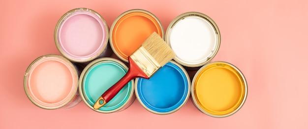 家の中でペンキの色を選ぶときinterioの特性を考慮することを忘れないでください